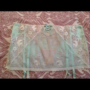 Victoria's Secret Intimates & Sleepwear - NEW Victoria's Secret Dream Angels Garter Skirt